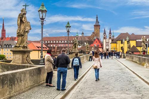 Schnitzeljagd Würzburg und Pubcrawl Würzburg
